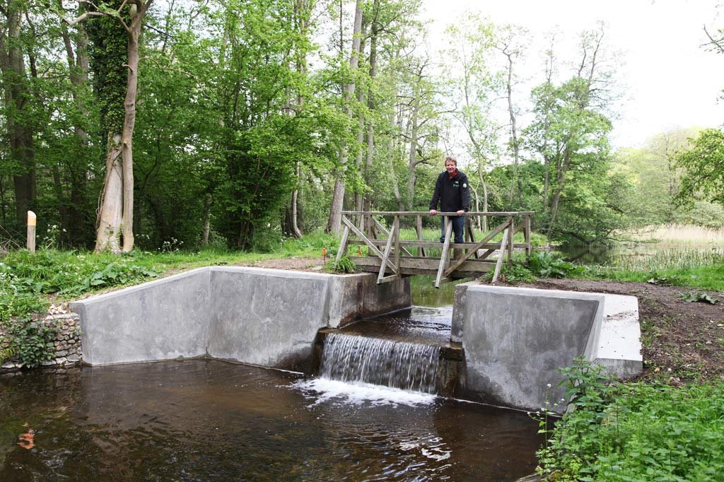 Sluices and Weirs